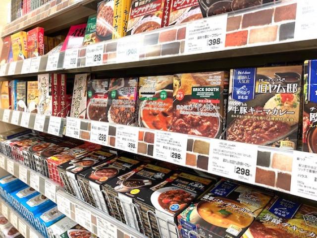 スーパーマーケットでは今やルウよりもレトルトカレーの売り場の方が大きい